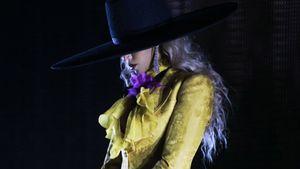 "Beyoncé versteigert ihren legendären ""Formation""-Hut"