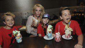 Britney Spears mit Jayden, Maddie und Sean