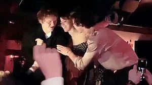 Trennungsgerüchte adé: Camila und Shawn tanzen auf Tresen