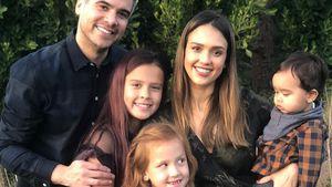 Süßes Familienfoto: Jessica Alba dankbar für ihre Liebsten!
