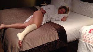 Trotz Schmerz: Chelsea Handler lässt tief blicken