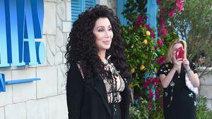 """Schon 72!? Superstar Cher verblüfft bei """"Mamma Mia""""-Premiere"""