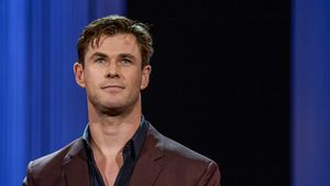 """War oft auf dem Klo"": Chris Hemsworth litt unter Vegan-Diät"