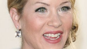 """Dumpfbacke"" Christina Applegate wird heute 40!"