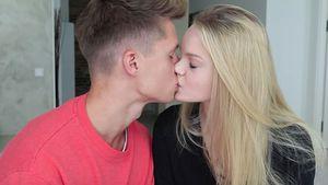 Endlich offiziell: ConCrafter-Luca zeigt stolz Freundin Jule