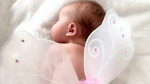 Schmetterling! GNTM-Yvonne zeigt ihre süße Emma Rose