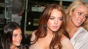 Dina Lohan: Aufmerksamkeit auf Lindsays Kosten?