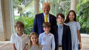 Seltenes Pic: Hier posiert Donald Trump mit seinen Enkelkids