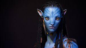 """Ein Charakter aus dem Film """"Avatar"""" bei einer 3D-Ausstellung in Paris"""