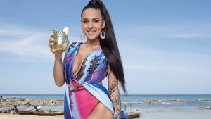 """Promis unter Palmen""-Vorbereitung: Elena Miras meditiert"
