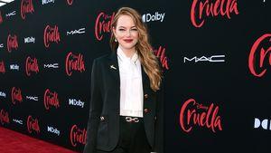 """Nach der Geburt: Emma Stone rockt die """"Cruella""""-Premiere"""