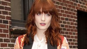 Florence Welch: Kater-Styling an Weihnachten