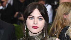 Frances Cobain endlich geschieden! Der Kampf ums Geld bleibt