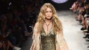 Cinderella-Style: Gigi Hadid verliert Schuh auf dem Catwalk!