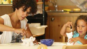 Süßes Hobby: Halle Berry & Nahla beim Pinseln!