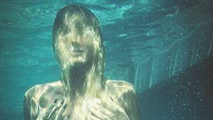 Heidi Klum im Pool