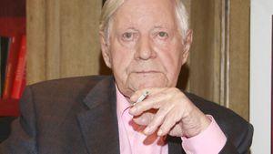 Intensivstation! Helmut Schmidt liegt im Krankenhaus