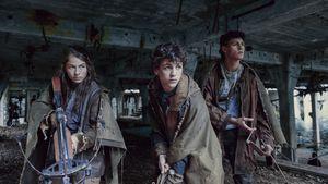 """Stars feiern: """"Tribes of Europa"""" ist Platz eins auf Netflix!"""
