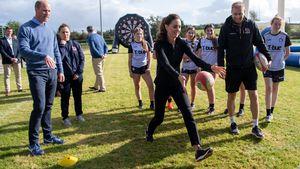 Sportlich: Herzogin Kate zeigt beim Rugby, was sie kann!