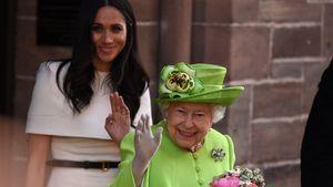 2017 brachte Meghan die Queen mit diesem Geschenk zum Lachen