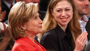 Chelsea Clinton: Süßes Geschenk von Mama Hillary