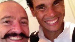 Tennis-Fan: Hugh Jackman ist voll im Selfie-Wahn