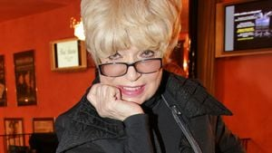 Heftige News: Schauspielerin Ingrid Steeger fast gestorben!