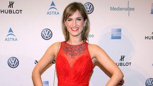 Isabell Horn: Feurig-heiß im roten Dress