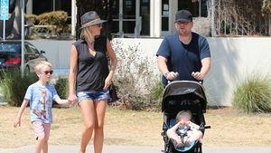 James Corden mit Frau und Kindern auf einem Jahrmarkt in Malibu