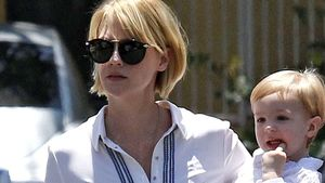Cool! January Jones mit neuer Sommer-Frisur