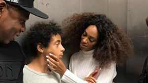 Jay-Z, Solange Knowles und ihr Sohn Daniel im Fahrstuhl