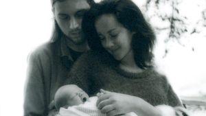 Erstes Familienfoto von Ethan DeLorenzo, Jena Malone und Sohn Ode