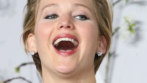Ketchup-Fail! Jennifer Lawrence im Fress-Koma