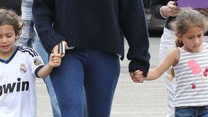 Warmer Pulli für J.Lo, nackte Beine für die Kinder