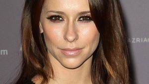 Jennifer Love Hewitt: Tote Mutter als Mama-Vorbild