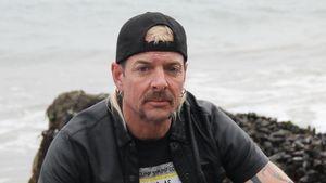 Sein Vater starb an Corona: Kann Joe Exotic zur Beerdigung?