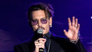 Johnny Depp wird von Fans bedrängt