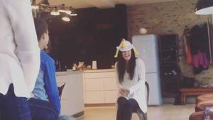 Eier-Therapie mit den Kids: Irrer Oster-Spaß bei D! & Kate