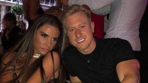Alter Ring: Ist Katie Price und Kris Boysons Verlobung fake?