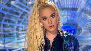 Neuer Look! Katy Perry überrascht mit langer Lockenmähne