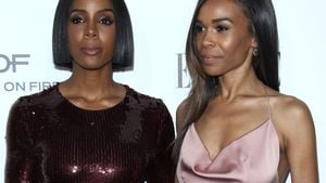 "Kelly Rowland und Michelle Williams bei den ""ELLE Women in Hollywood Awards"" in Beverly Hills"