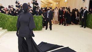 Durch Met-Gala-Maske: Kim Kardashian konnte kaum etwas sehen