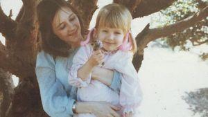 Klein Christina Aguilera mit ihrer Mutter