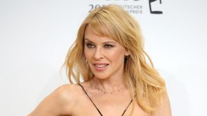 Geheime Liebesbriefe von Kylie Minogue von früher enthüllt!