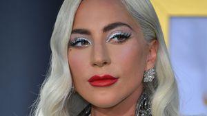 Auf Award-Show: Was war das denn für ein Kleid, Lady Gaga?