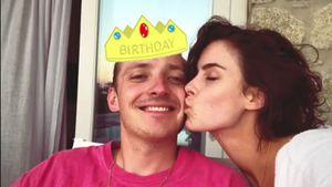 Zum Geburtstag: Lena Meyer-Landrut gibt ihrem Max einen Kuss