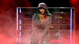 Rapper-Look! So zieht Lil' Kim Töchterchen Royal Reign an