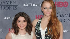 Sophie Turner: GoT-Kollegin Maisie wird ihre Brautjungfer!