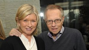 Martha Stewart enthüllt: Sie datete früher Larry King (†87)!
