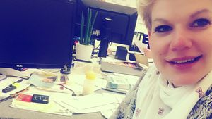 Mit Mama auf Arbeit: Melli Müllers Baby schnuppert Büroluft!